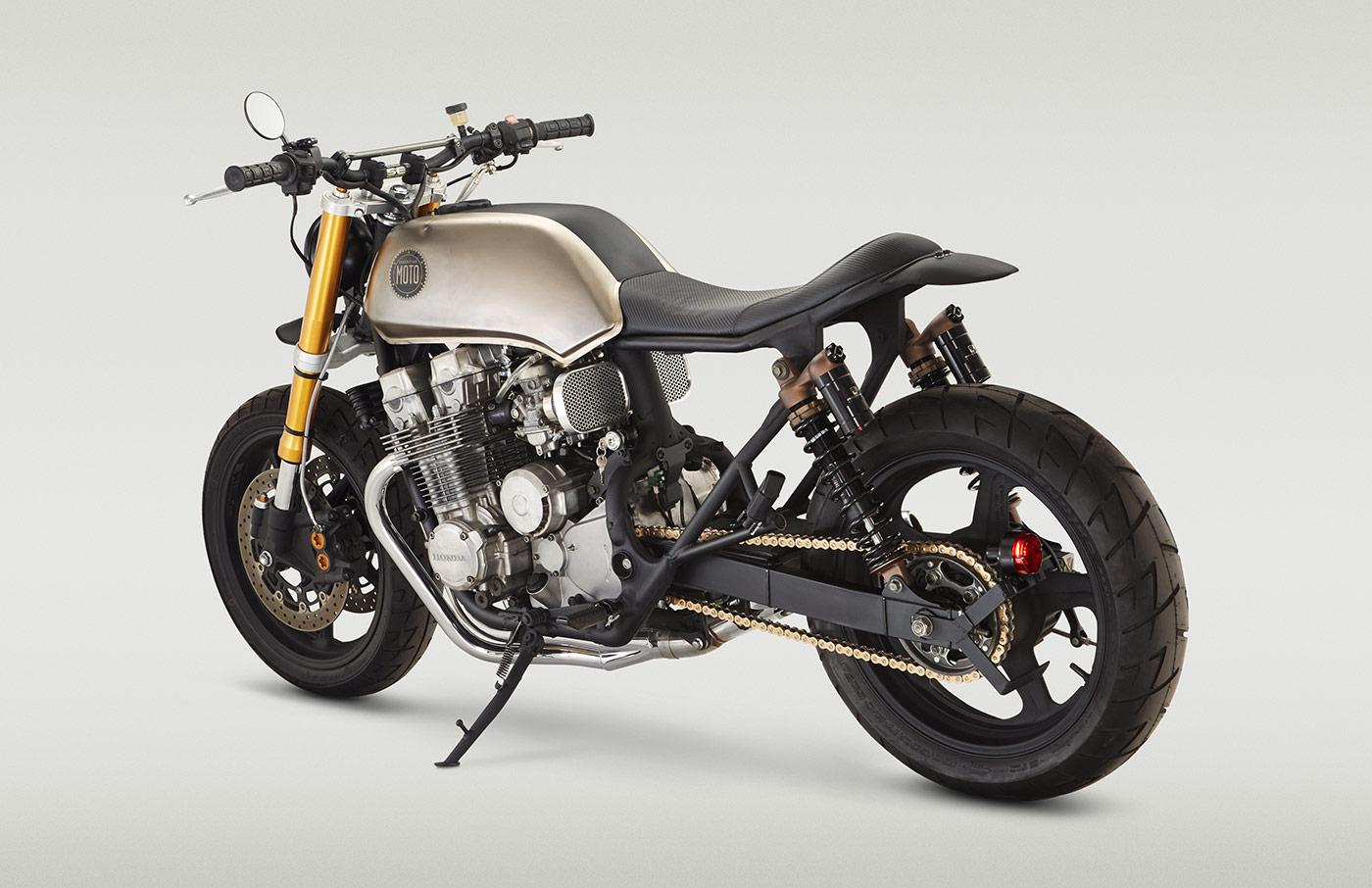 rear-angle - Classified Moto